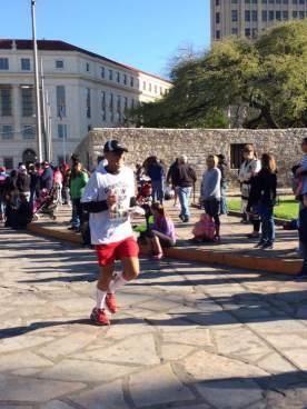 10 - Brett Smith - 1:42:53 - 2016 Alamo 13.1 HALF